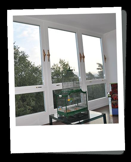 Restauro sverniciatura riverniciatura rinnovo infissi cant - Verniciatura finestre prezzi ...